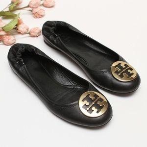 f4e3d4ee89046f Tory Burch Reva Black Ballet Flats Gold Logo